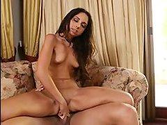 порно мама сосет большой